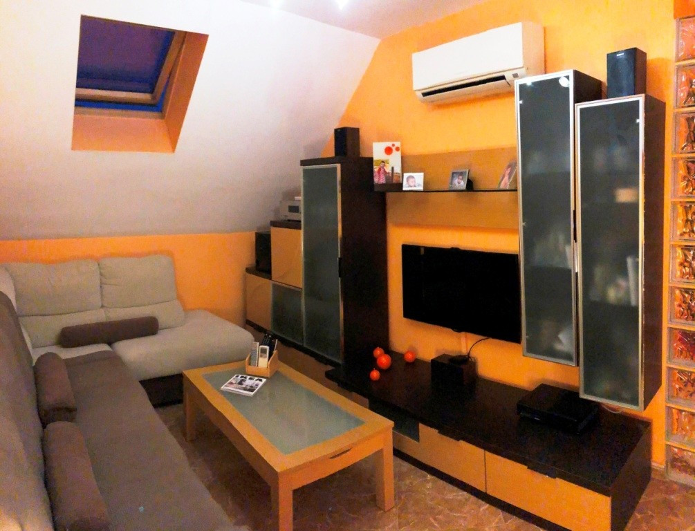 Apartment in Alhaurín de la Torre R3295945 1