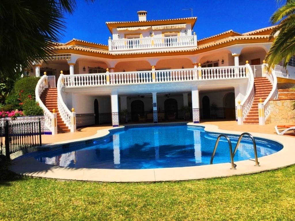 House in Alhaurín de la Torre R3186361 1