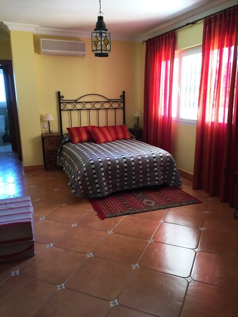 House in Alhaurín de la Torre R3186361 26