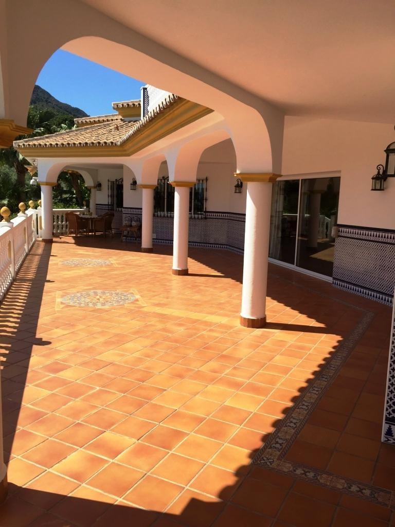 House in Alhaurín de la Torre R3186361 31