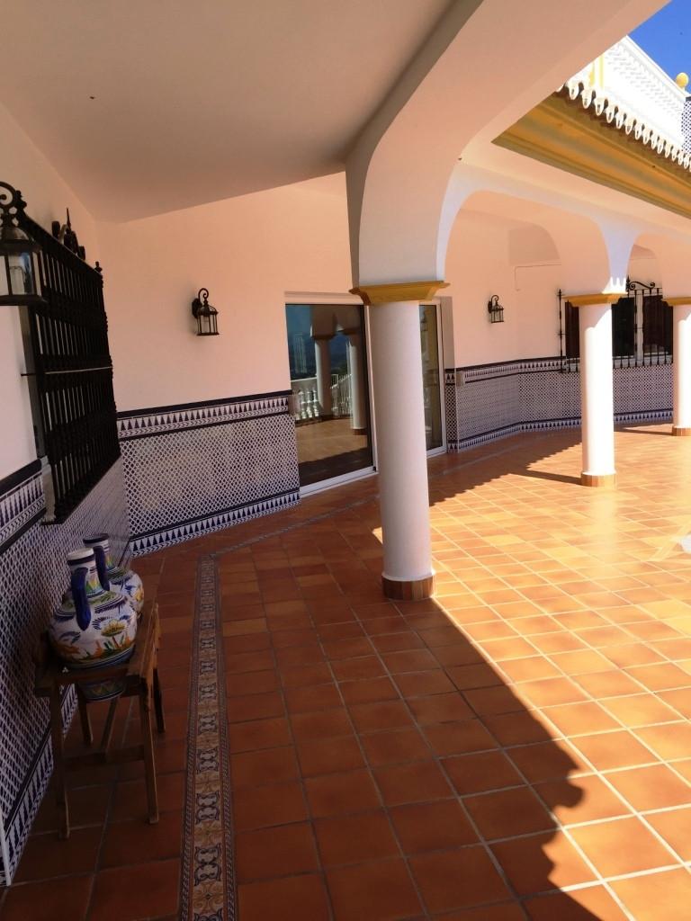 House in Alhaurín de la Torre R3186361 32