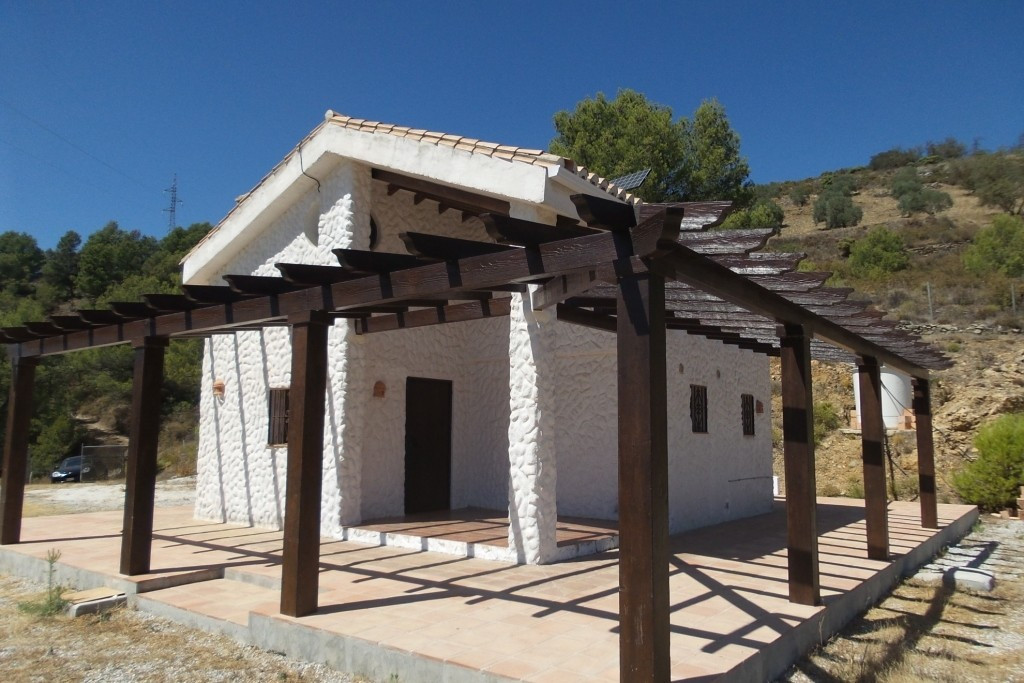 (YUNQUERA) For sale a 5,800m2 plot in an  environm