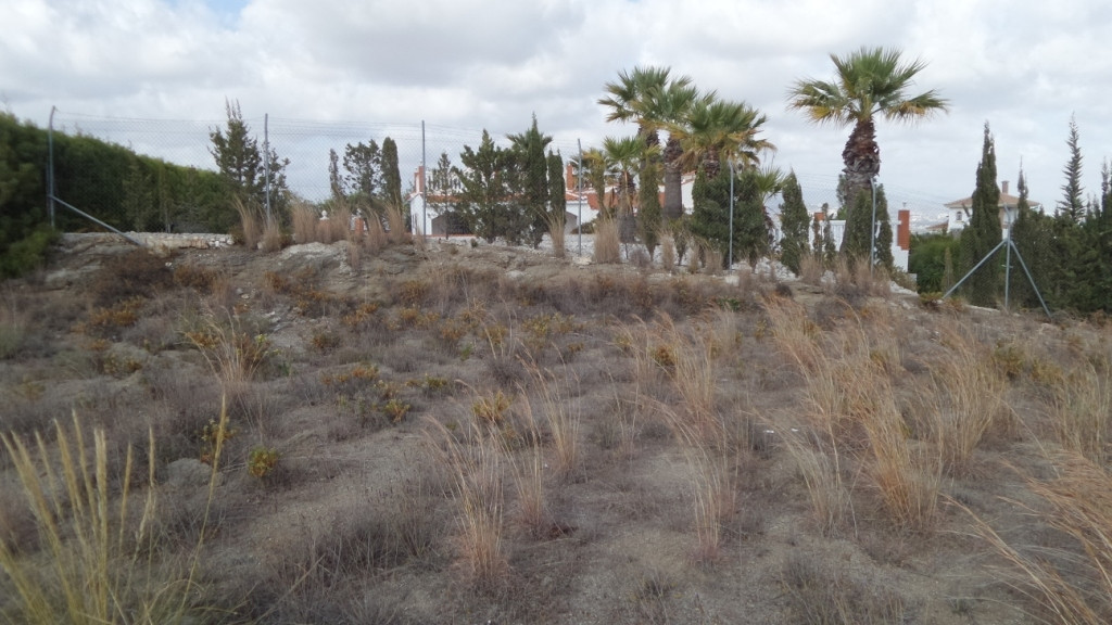2769-V  For Sale fantastic 2.830m2 urban plot, completely flat and fenced with spectacular views..  , Spain