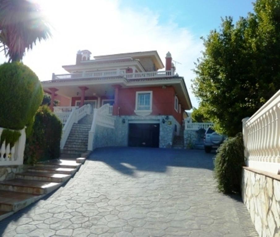 House en Alhaurín de la Torre R3536257 1