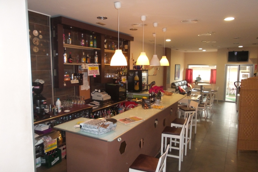 - For sale. A restaurant-cofee shop in the center of town. Consisting of all machinery, tables, chai,Spain