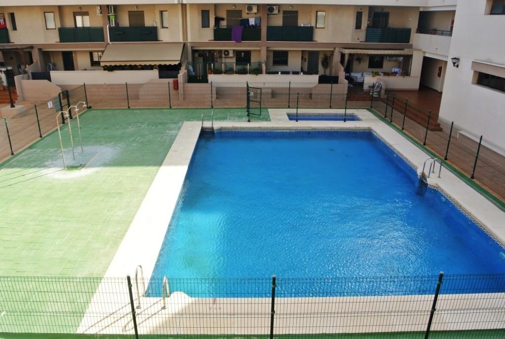 Apartment in Alhaurín de la Torre R3388609 1