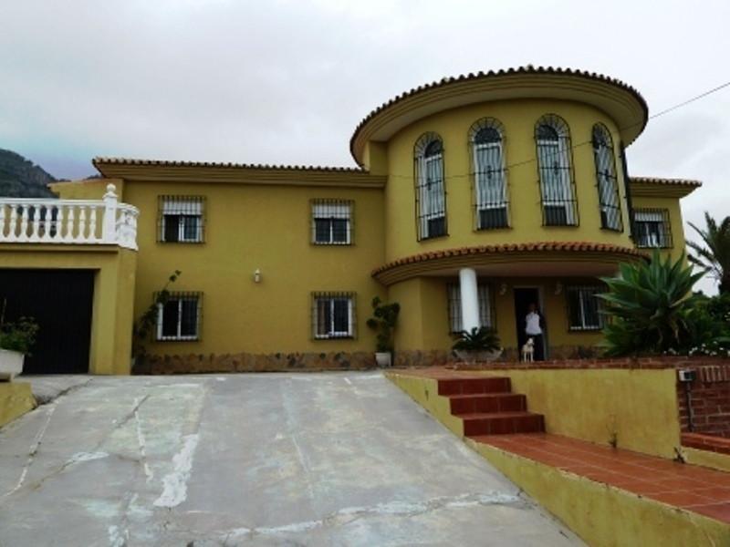 House in Alhaurín de la Torre R1988018 2