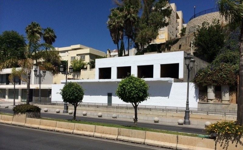 For sale a 530m2 urban plot  located close to  the Carihuela at Torremolinos most know area and just, Spain