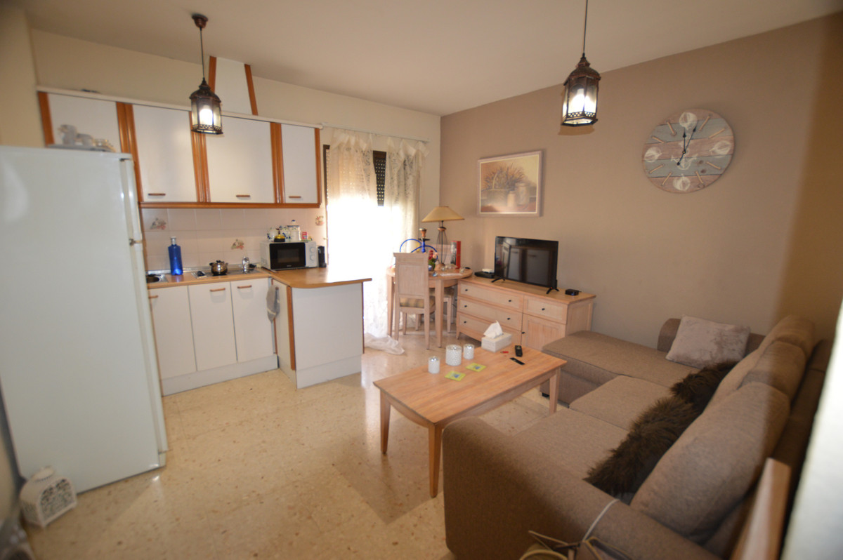 Middle Floor Apartment in Los Boliches R3450097
