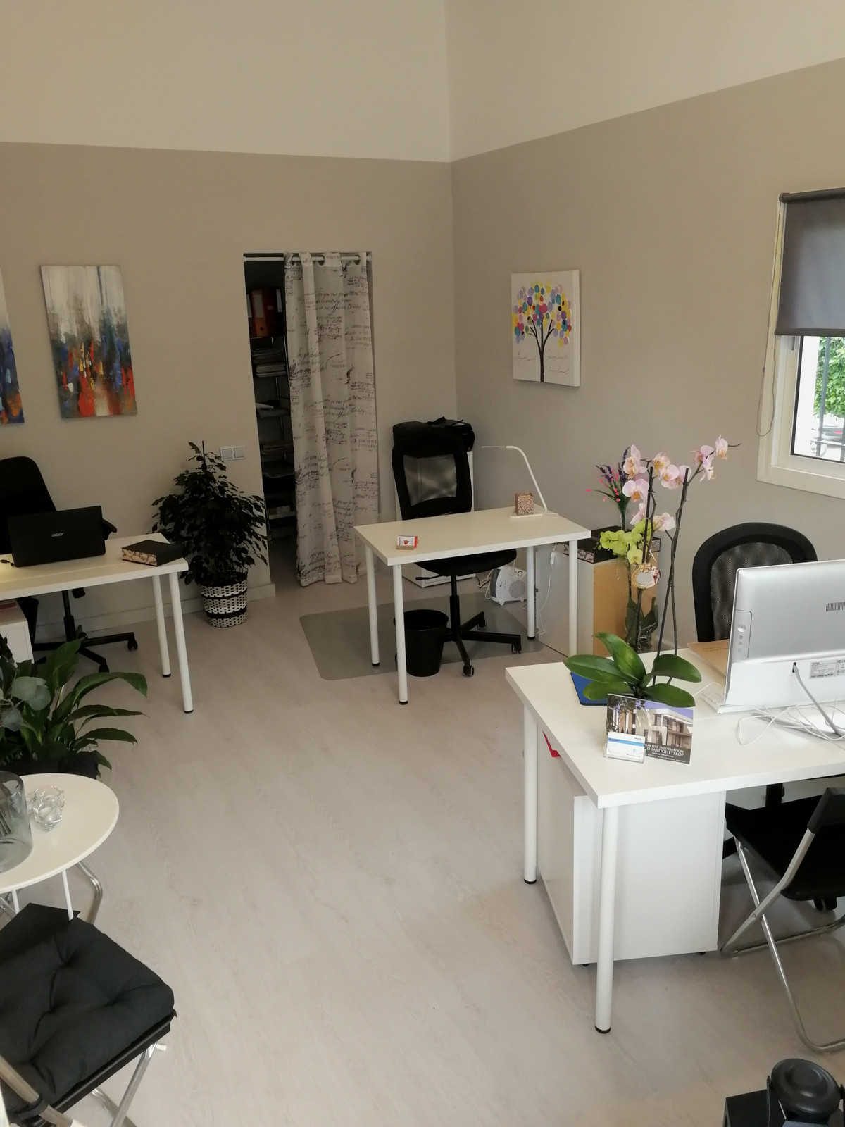 Small Real estate agency S.L with rental and sale. Rented Office.  Mostly Scandinavian clients., Spain