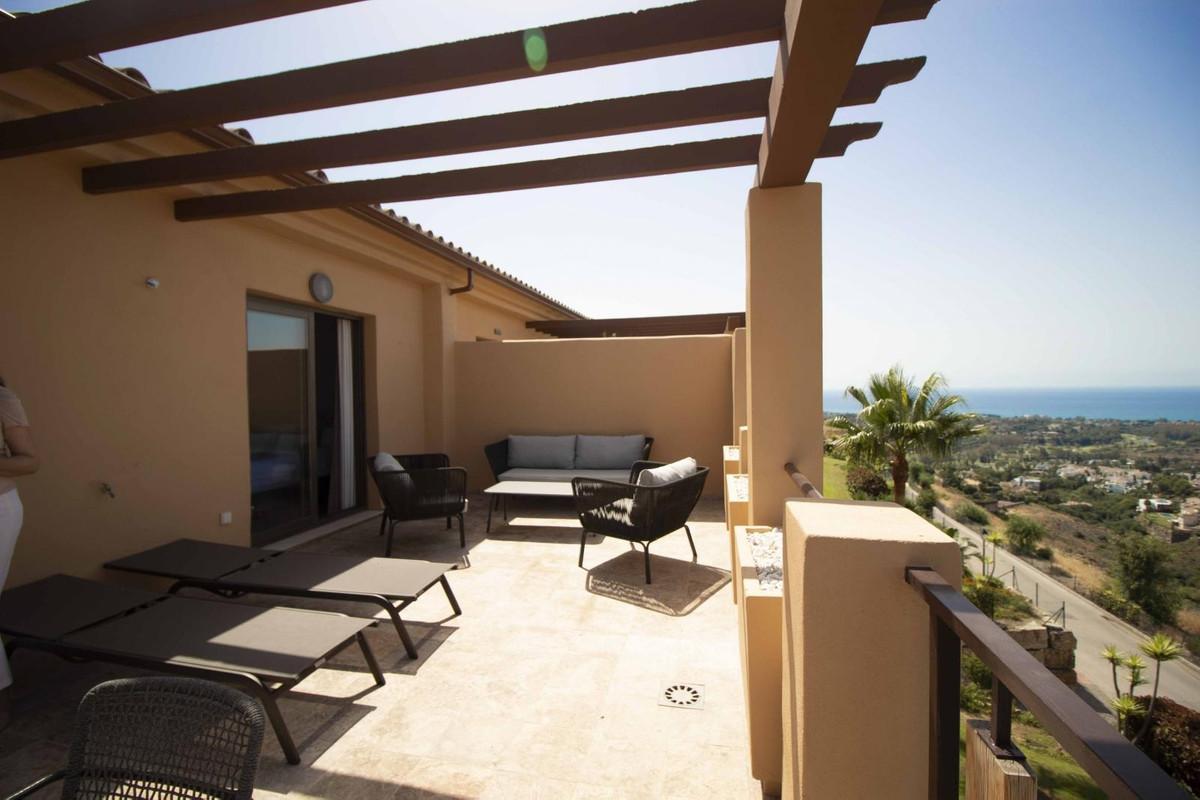 Marbella Banus Apartamento en Planta Última en Venta en Benahavís – R3673289