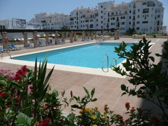 Marbella Banus Apartamento Planta Media en Venta en Puerto Banús – R2881451
