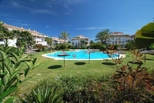 Penthouse for sale in Nueva Andalucía R3660584