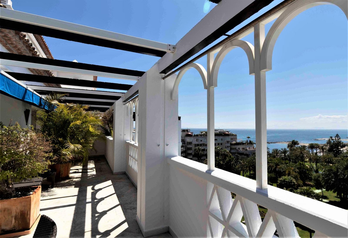 Splendid Duplex Penthouse with unbeatable views towards the sea and the gardens of Playas del Duque.,Spain