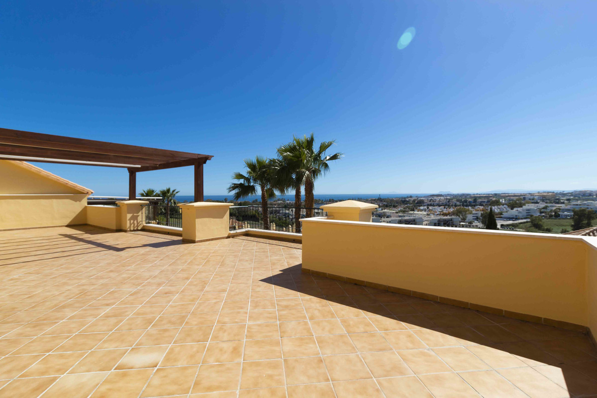 Fabulous corner penthouse completely refurbished of 208m2 with 4 bedrooms, 3 bathrooms and a toilet.,Spain