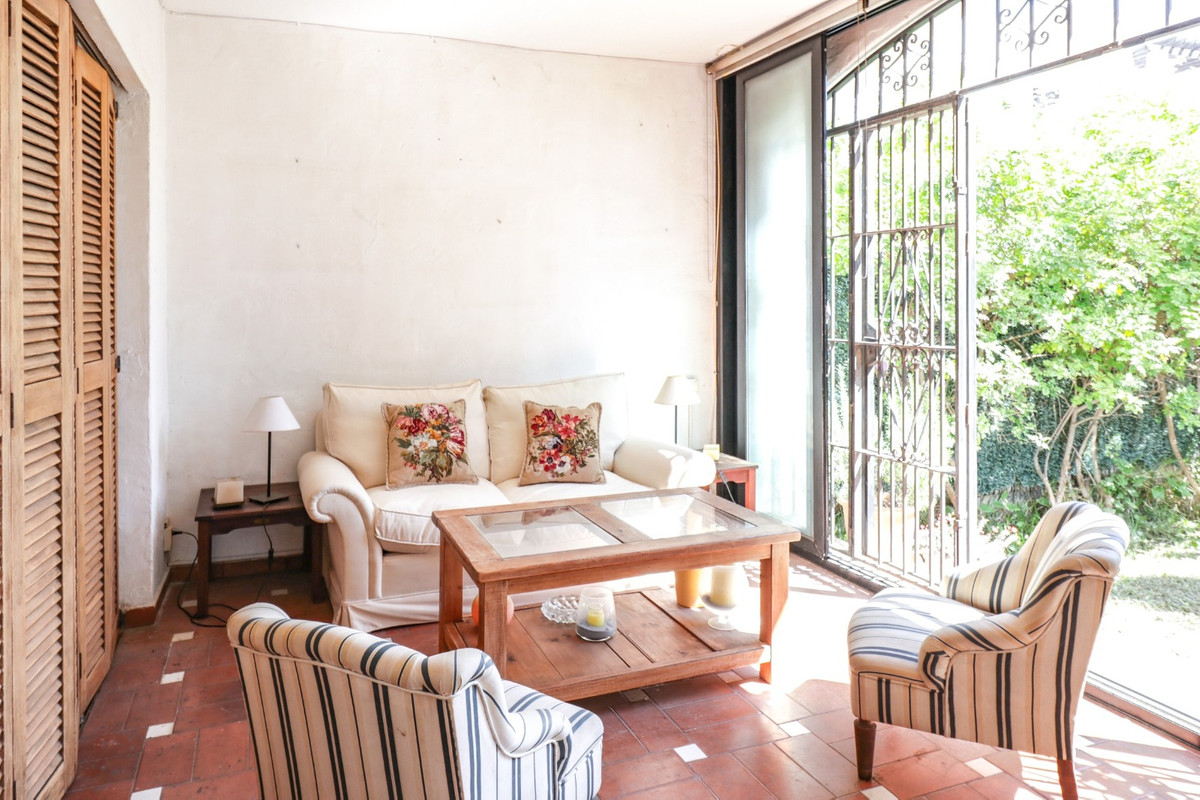 Marbella Banus Apartamento en Venta en El Paraiso – R3875791