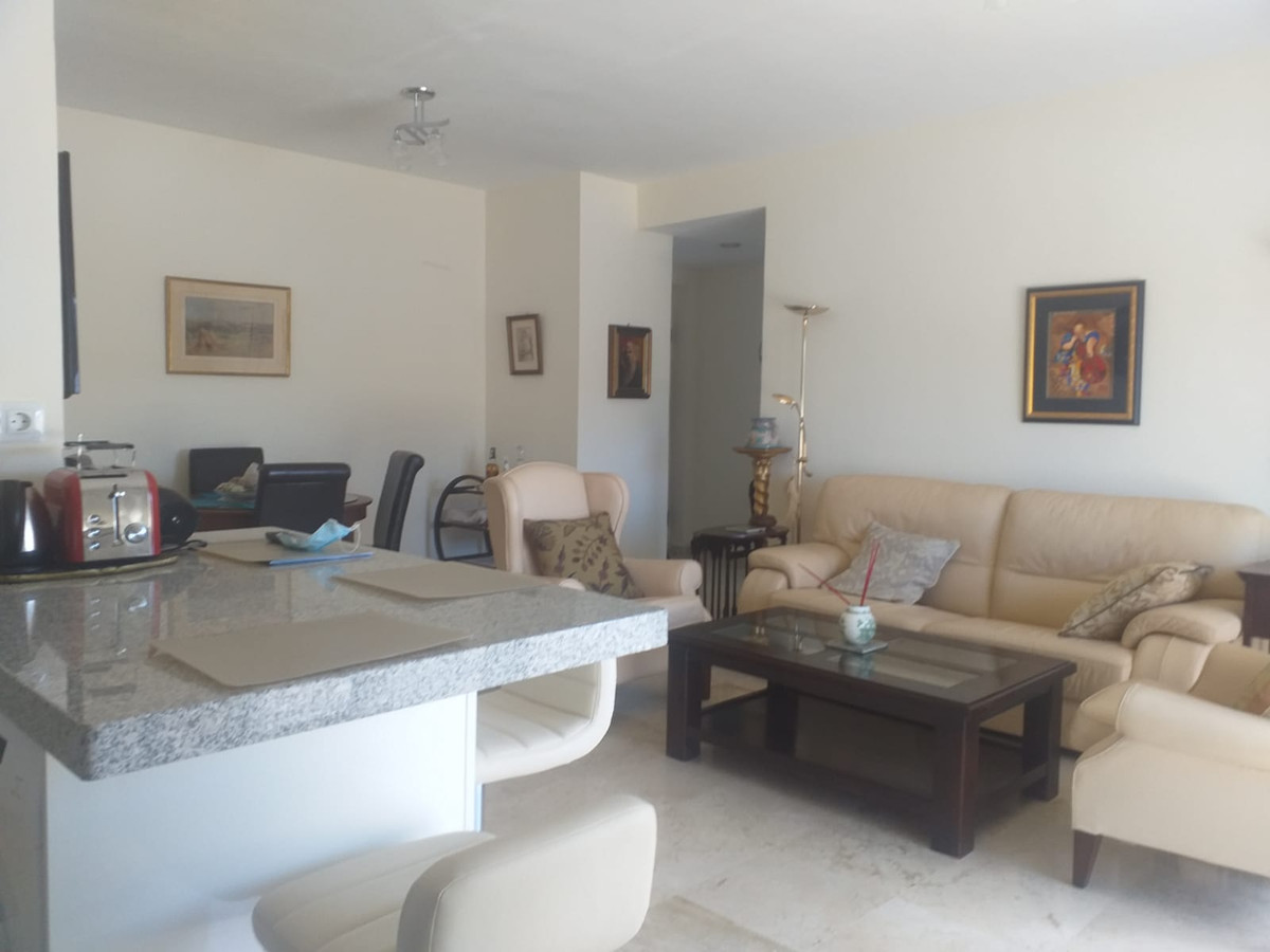 Marbella Banus Apartamento en Venta en Guadalmina Alta – R3857107