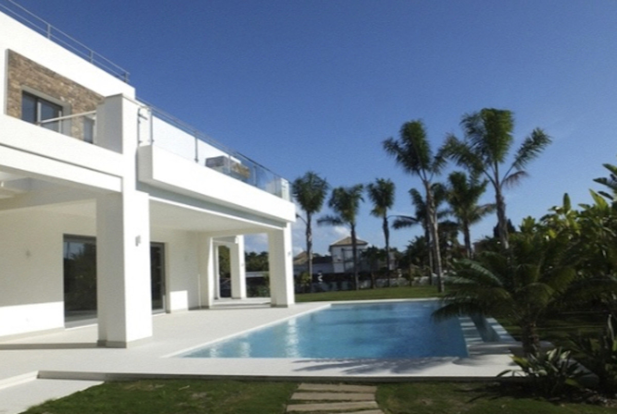 Detached Villa for sale in Guadalmina Baja R3731293