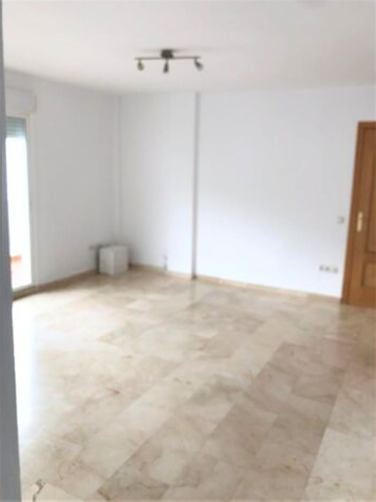 Apartamento en Venta en Benahavís – R3778969