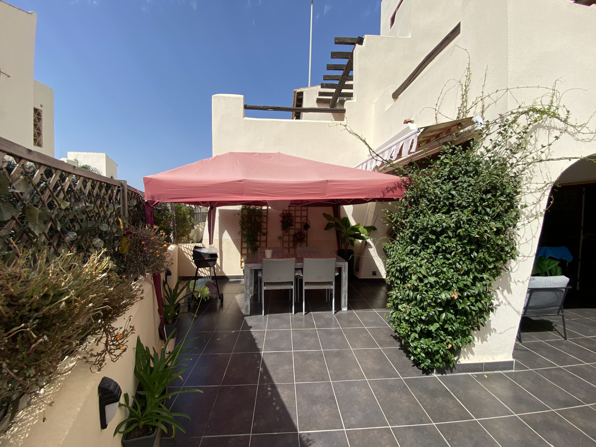 R3161110: Apartment for sale in Casares