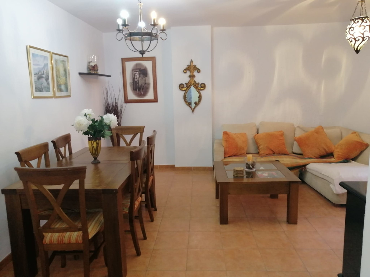 Marbella Banus Apartamento en Venta en San Pedro de Alcántara – R3556951