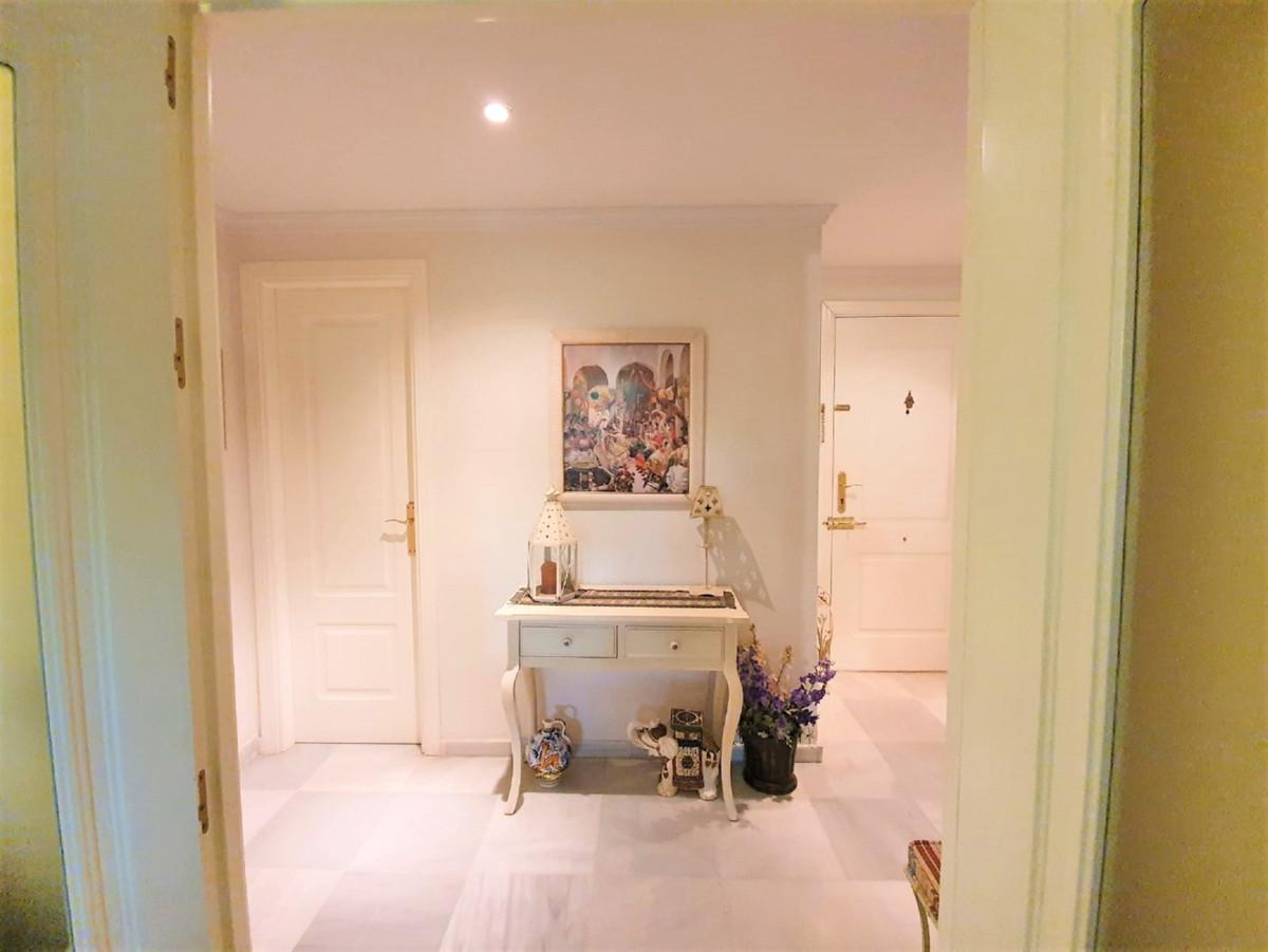 Marbella Banus Apartamento Planta Baja en Venta en Nagüeles – R3673925