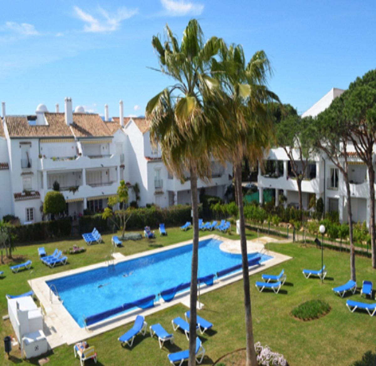 Marbella Banus Apartamento en Planta Última en Venta en El Presidente – R3445381