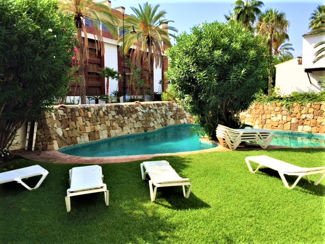 Ground Floor Apartment, Puerto Banus, Costa del Sol. 2 Bedrooms, 2 Bathrooms, Built 84 m², Terrace 2, Spain