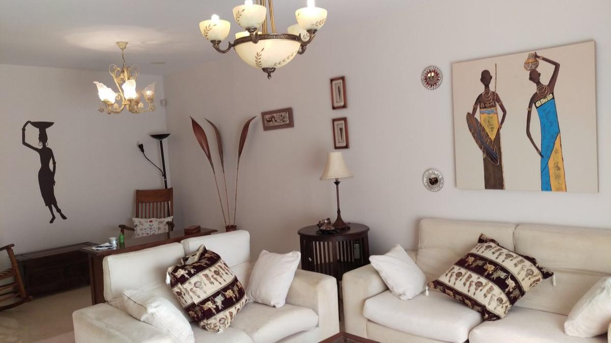 Middle Floor Apartment, Guadalmina Alta, Costa del Sol. 2 Bedrooms, 2 Bathrooms, Built 125 m², Terra,Spain