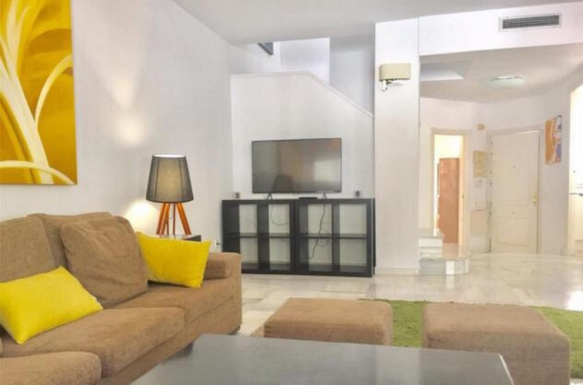 3 bedroom townhouse for sale nueva andalucia