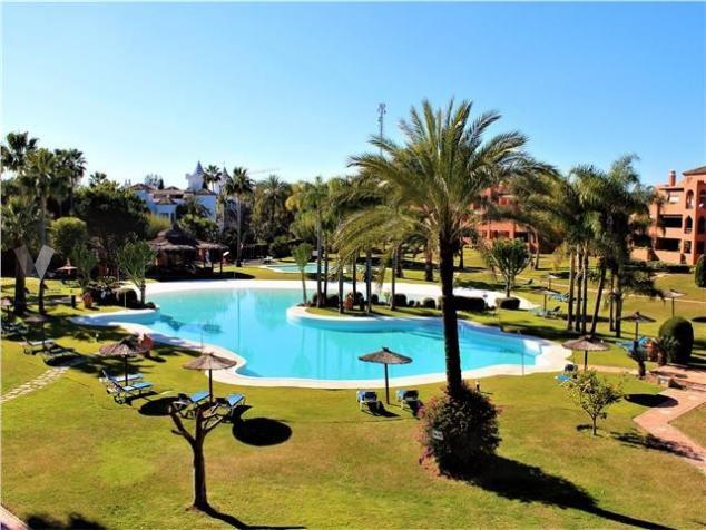 Appartement  Penthouse en vente   à Guadalmina Baja