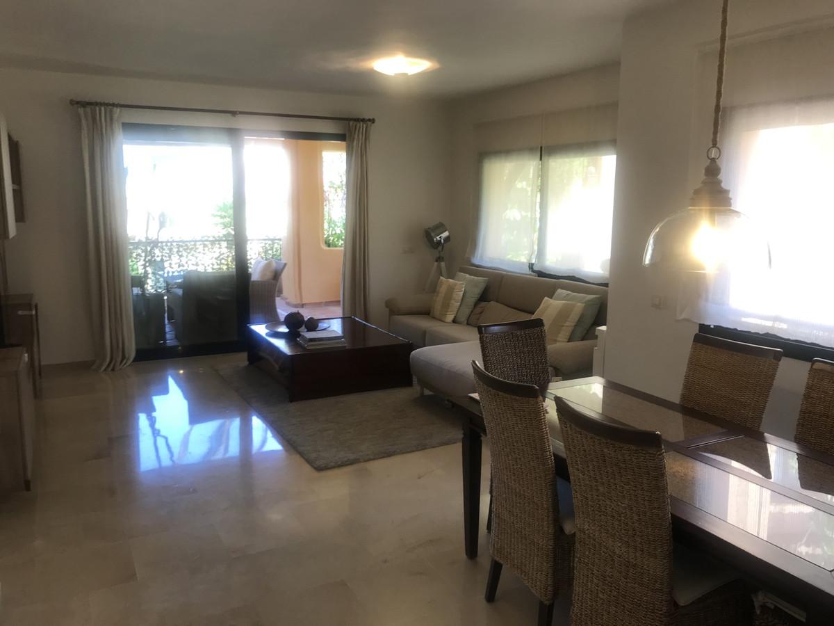 R3483388 Apartment El Paraiso, Málaga, Costa del Sol