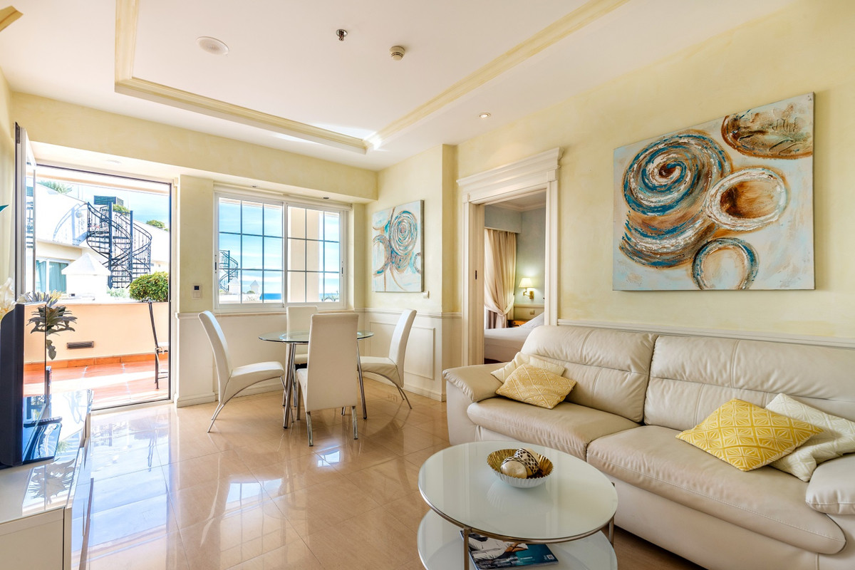 Penthouse in Marbella R3360538