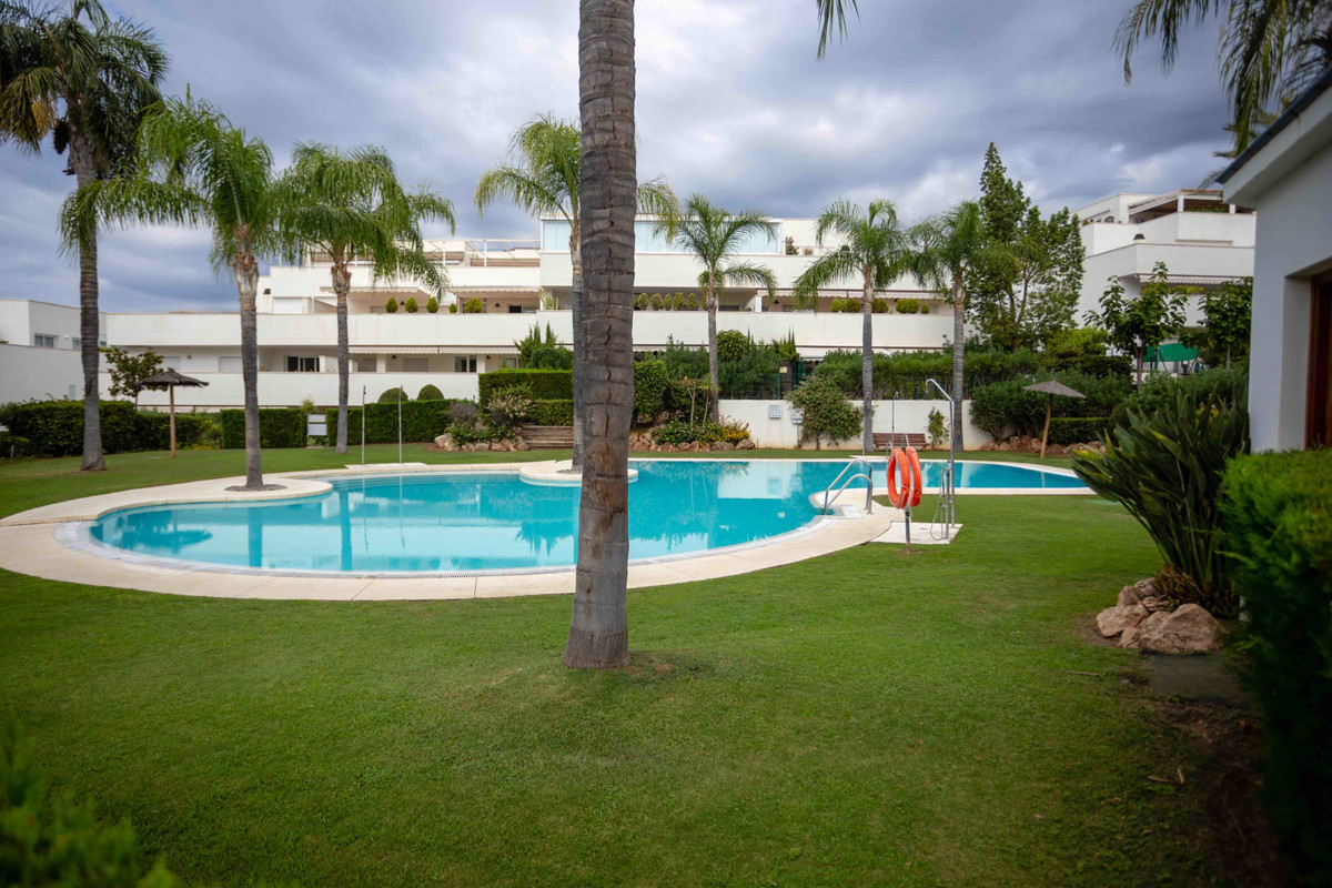 A south facing three bedroom two bathroom apartment with private garden in Terrazas del Rodeo in Nue, Spain