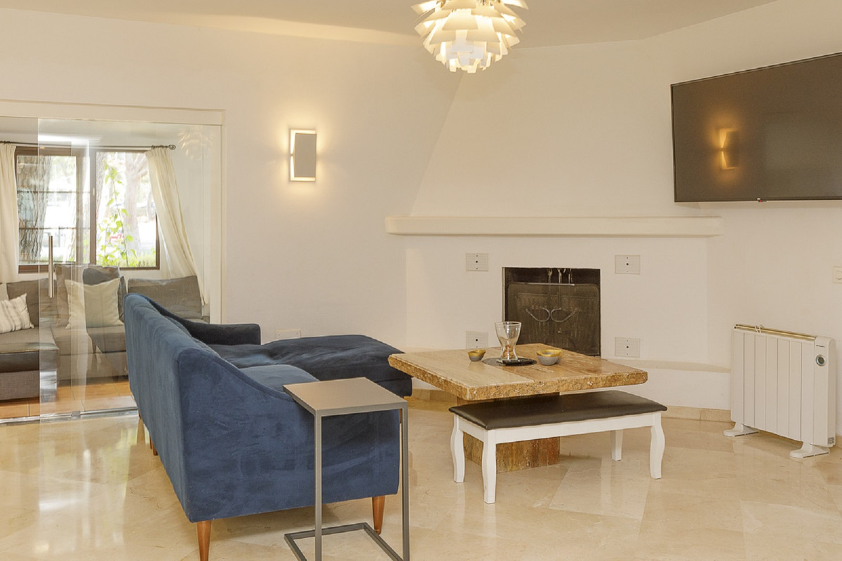 Wonderful ground floor apartment in spectacular condition!!! The apartment consists of 3 bedrooms an,Spain