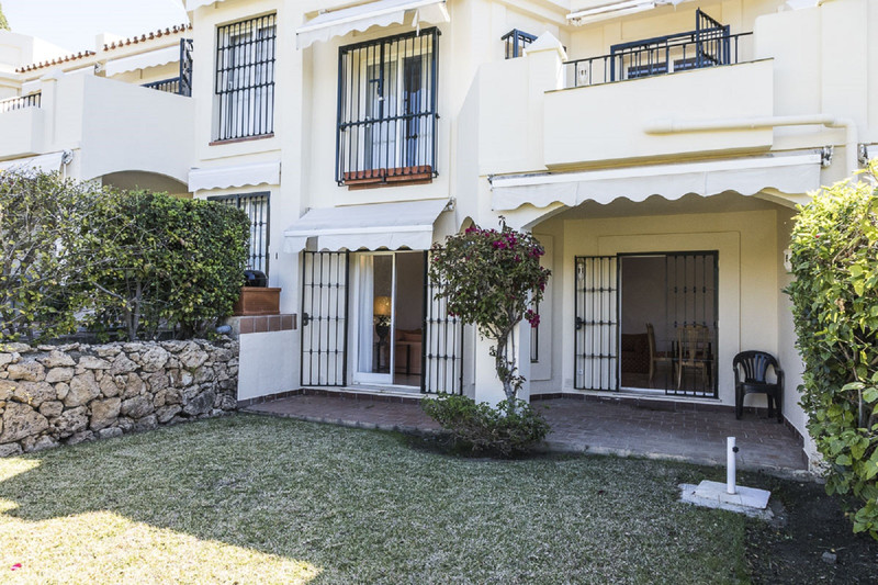 Marbella Banus Adosada en venta en La Quinta – R2626745