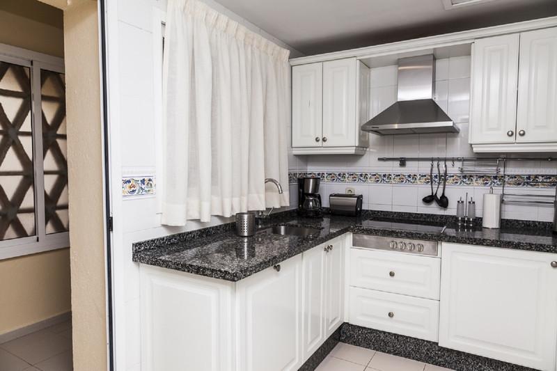 Apartamento Planta Baja en venta en Marbella – R3400903