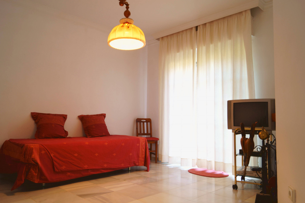 Villa – Chalet en Venta en Marbella – R3674813