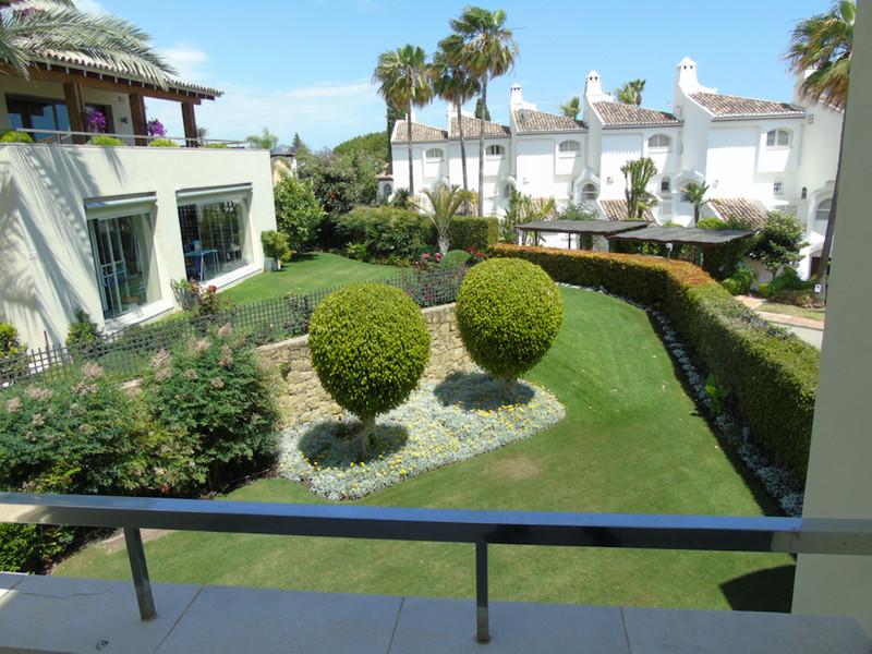 Se vende Apartamento Planta Media, Sierra Blanca – R3193105