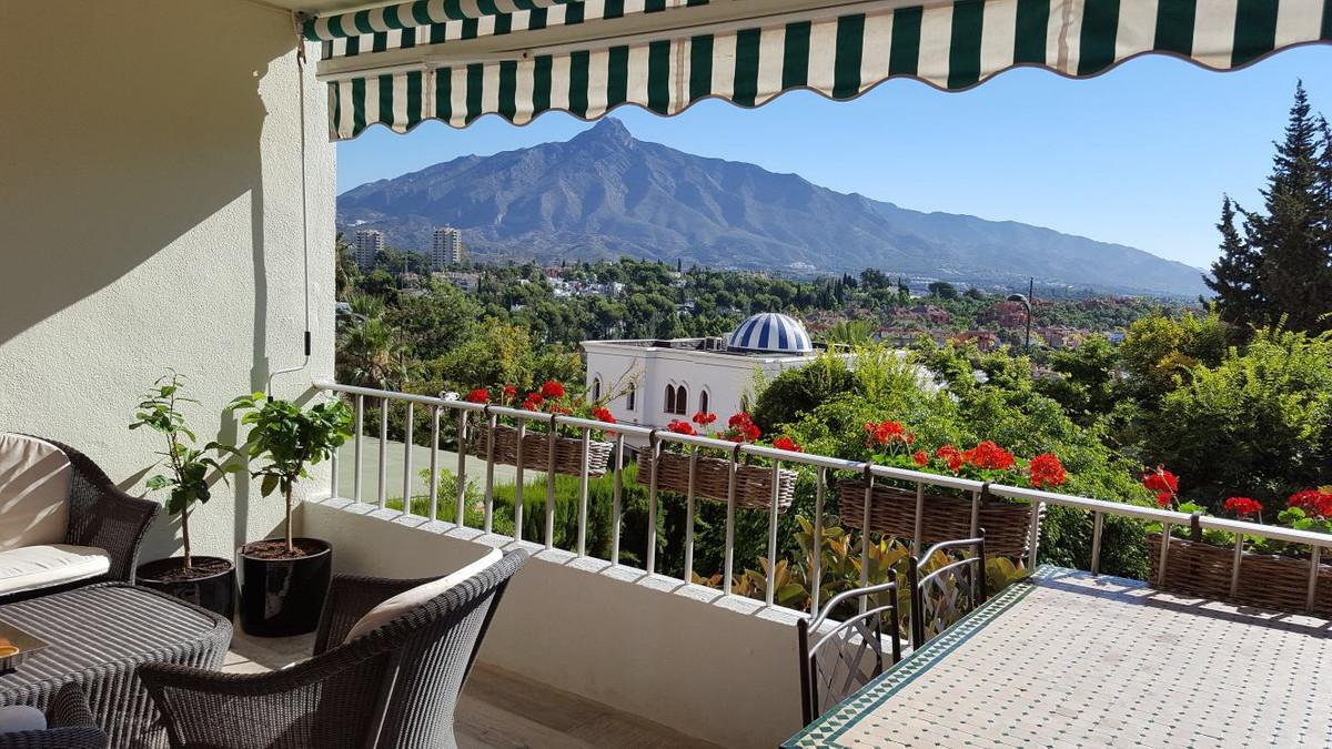Marbella Banus Apartamento en Venta en Nueva Andalucía – R3190150