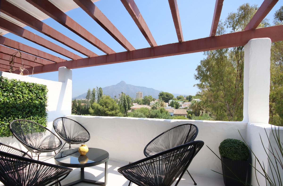 Penthouse Til salg i Nueva Andalucía R3896200