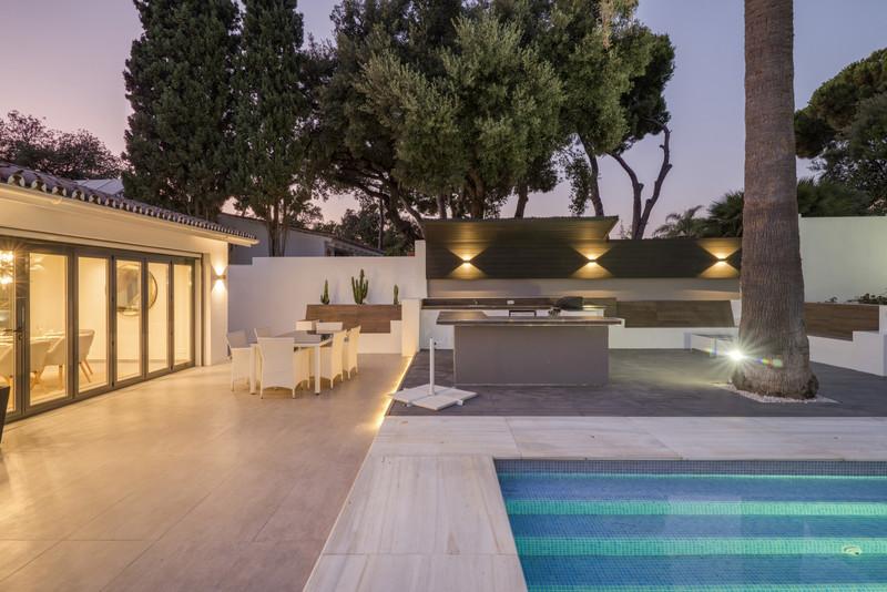 Marbella Banus Villa – Chalet en venta en El Rosario – R3509377
