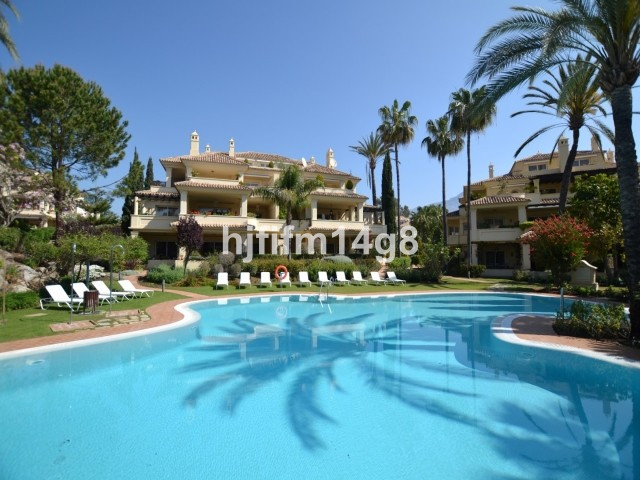 Charming three bedroom apartment for sale in the prestigious complex of Las Alamandas, nestled in th,Spain