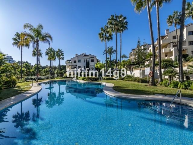 Apartment Ground Floor La Quinta Málaga Costa del Sol R3594388