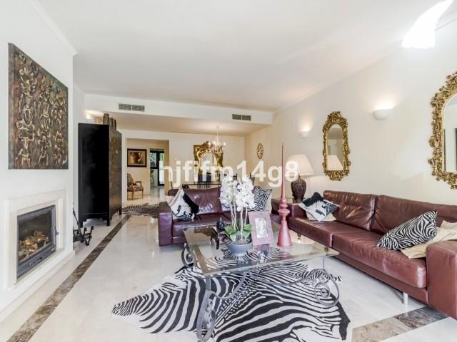 Apartment Ground Floor La Quinta Málaga Costa del Sol R3594388 6