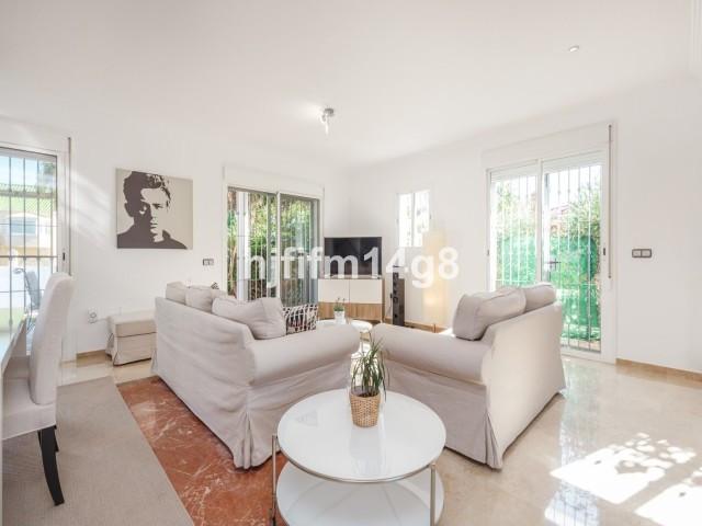 House en Nueva Andalucía R3121921 8
