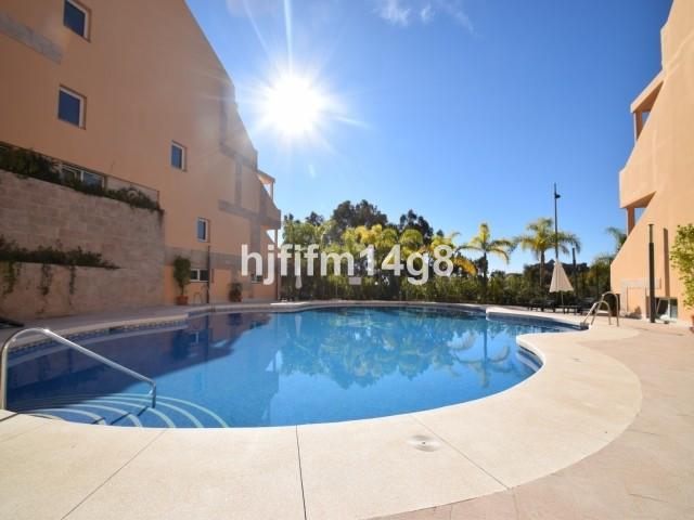 Apartamento en Venta en Nueva Andalucía – R3180031