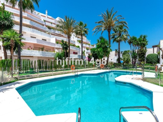 Attractive and bright 3 bedroom / 2 bathroom apartment with a spacious sunny terrace. This property ,Spain