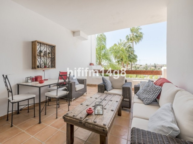 Las Tortugas is an elegant complex with great situation within Nueva Andalucia. This is a 1st floor,,Spain