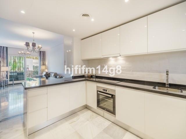 Marbella Banus Rez-de-chaussée Appartement à vendre à Nueva Andalucía - R3298711